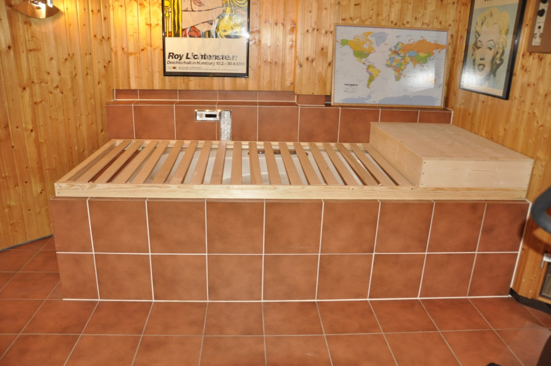 Sauna - Umgestaltung der Badewanne zur Liegefläche